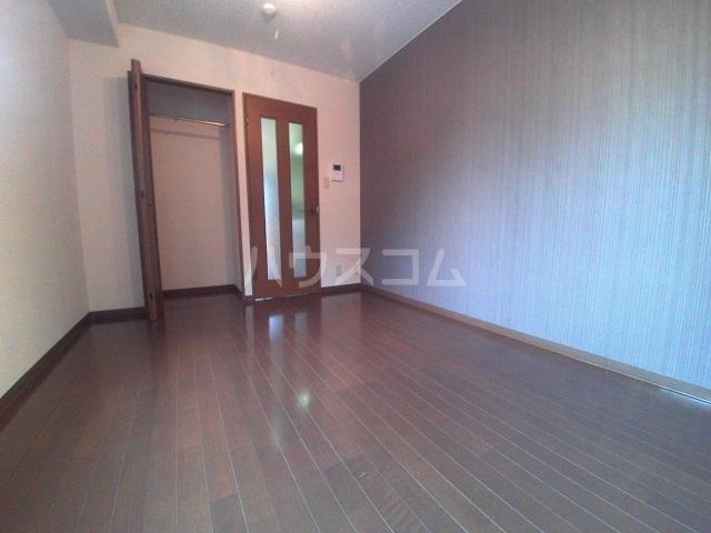 グランピエールK2 207号室のベッドルーム