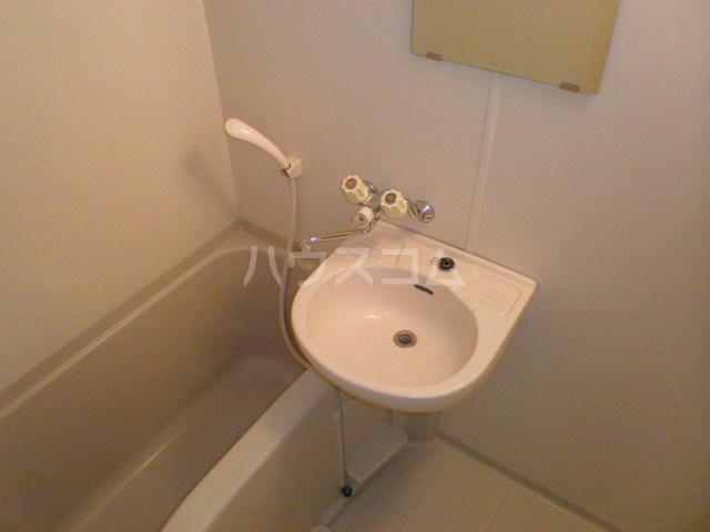 ゼファ・エス 309号室の風呂
