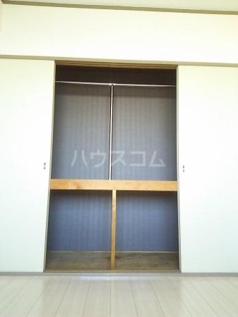 ファーストコーポ幕張本郷 307号室の収納