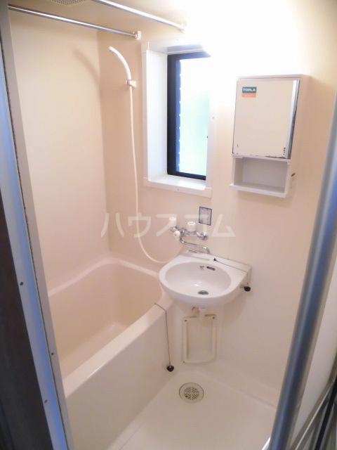レジデンス大沢 101号室の風呂