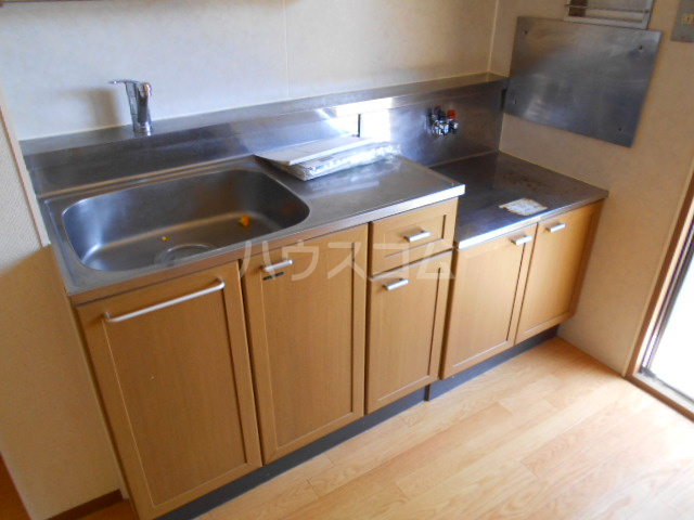 サンエミネントⅡ 203号室のキッチン
