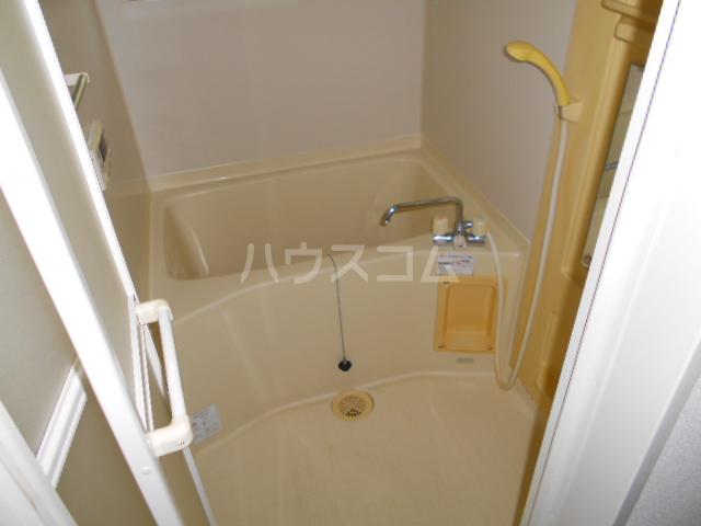 サンエミネントⅡ 203号室の風呂