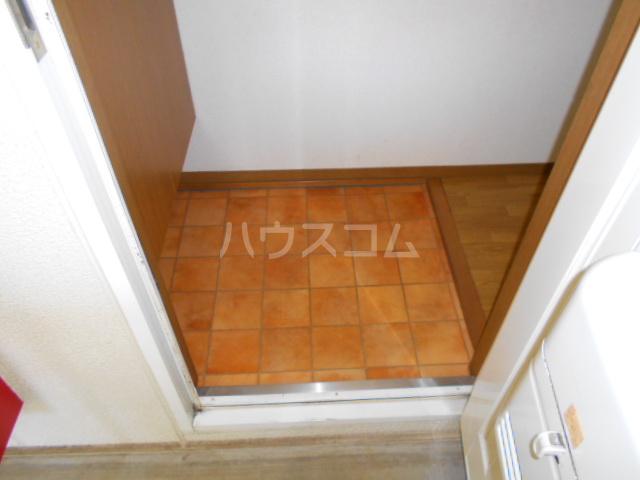 サンエミネントⅡ 203号室の玄関