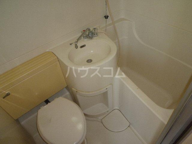 メゾン森 302号室の風呂