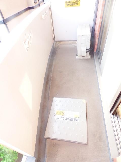 イマヴリューマンション 306号室のバルコニー