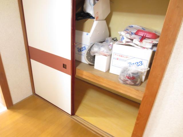 末広荘 201号室の収納