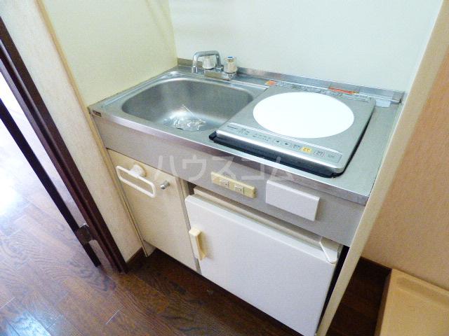 ヒルトップ花咲 107号室のキッチン