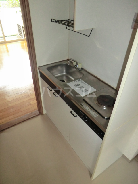 ソフィア 102号室のキッチン