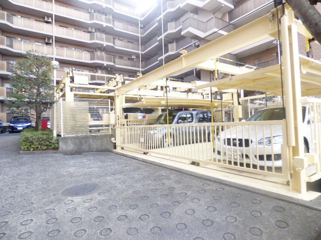 朝日パリオ津田沼 F号室の駐車場