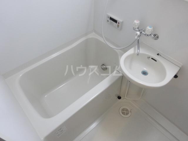 セナリオフォルム東船橋 105号室の風呂