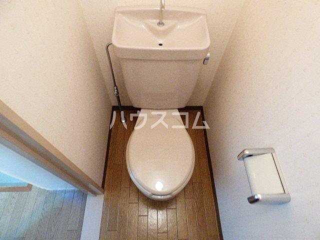 カーサ・アイ・エム 503号室のトイレ