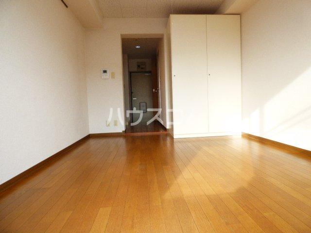 カーサ・アイ・エム 506号室の居室