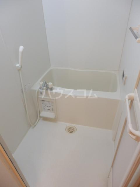 アークヒルズJ 201号室の風呂