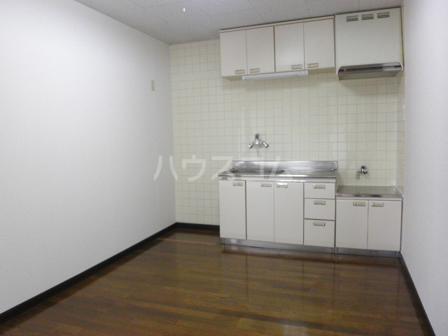 マウントビレッジ3 201号室のキッチン