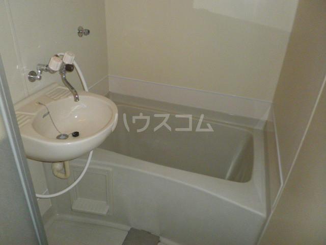マウントビレッジ3 201号室の風呂