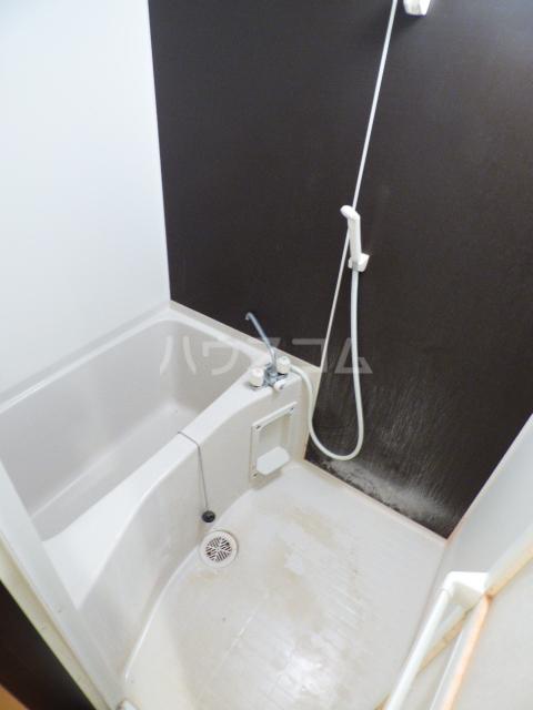 エクセレントコート幕張 303号室の風呂