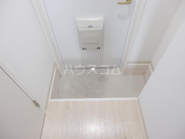 ブリリアント大木 301号室の玄関