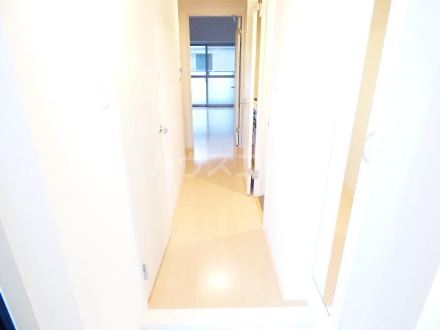 Casa Y 105号室の玄関