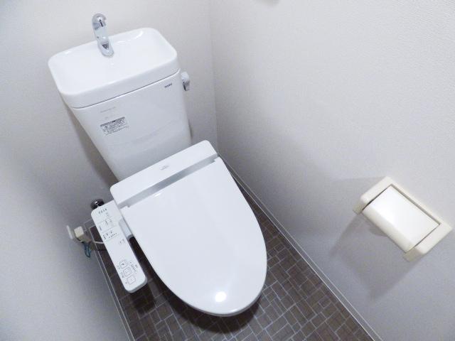 Casa Y 210号室のトイレ