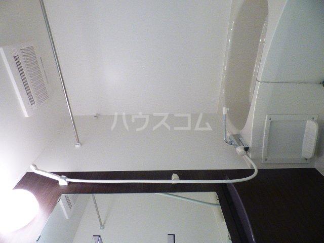 リブリ・クリサンセマム幕張 203号室の風呂