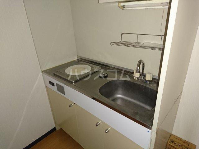 南船橋ザ・レジデンス 208号室のキッチン