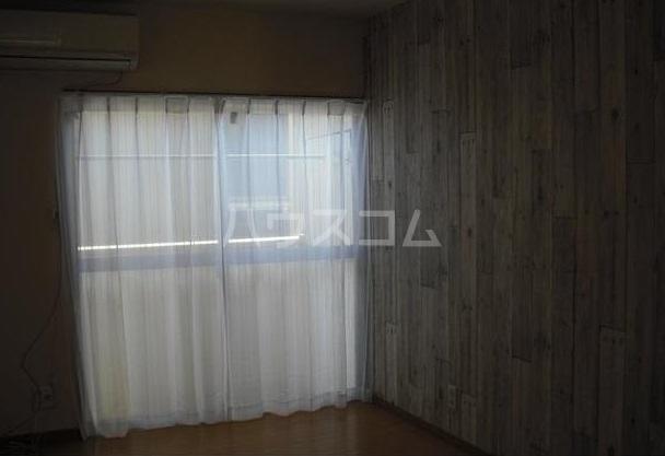 リヴェールコート 204号室の居室