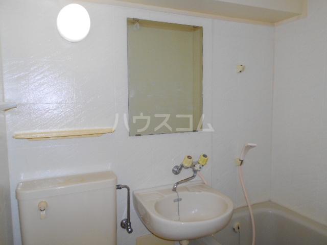 ハウス幕張 201号室の洗面所
