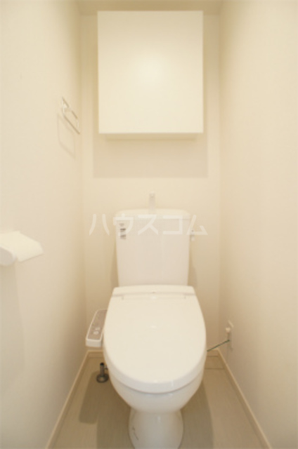 リブリ・エフ・エヌ 102号室のトイレ