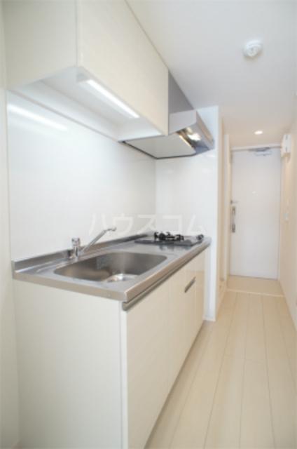 リブリ・エフ・エヌ 102号室のキッチン