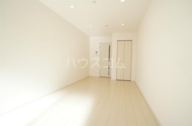 リブリ・エフ・エヌ 201号室の居室