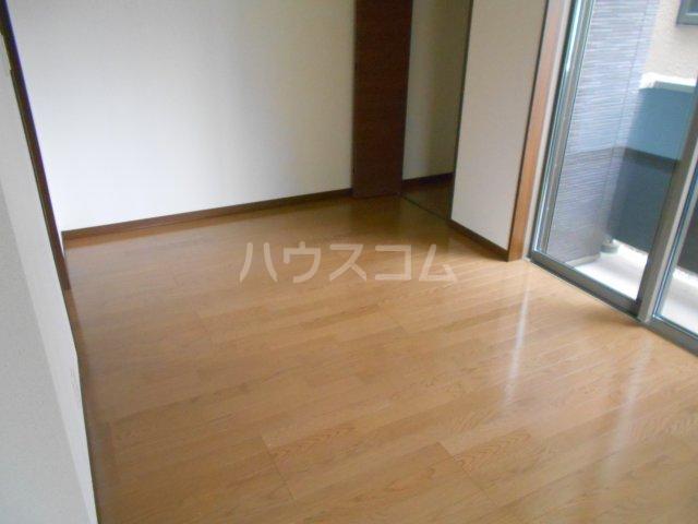 フローリッシュ津田沼Ⅲ 101号室の居室