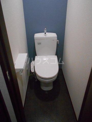 フローリッシュ津田沼Ⅲ 101号室のトイレ