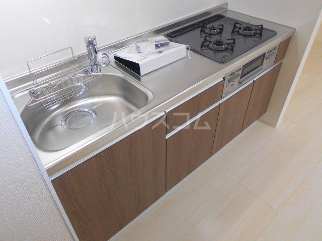 ベラーノ津田沼 103号室のキッチン