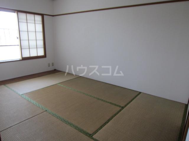 秋津第二団地 401号室の居室