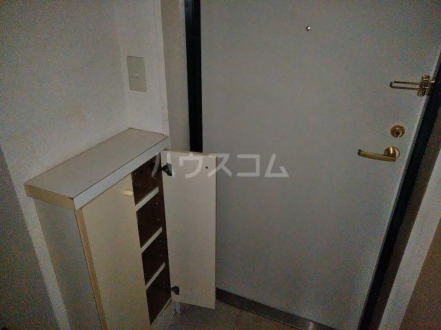 スカイコート武蔵小杉第5 105号室の玄関