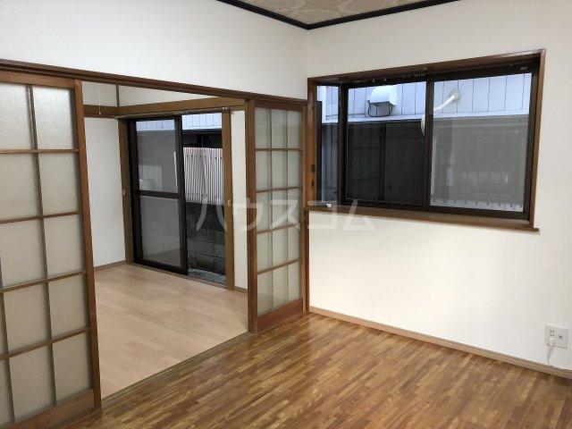 喜之(よしの)ハイツ 102号室の居室