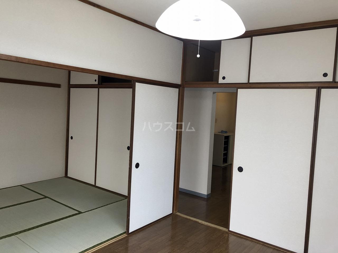 メゾンベル 204号室のリビング