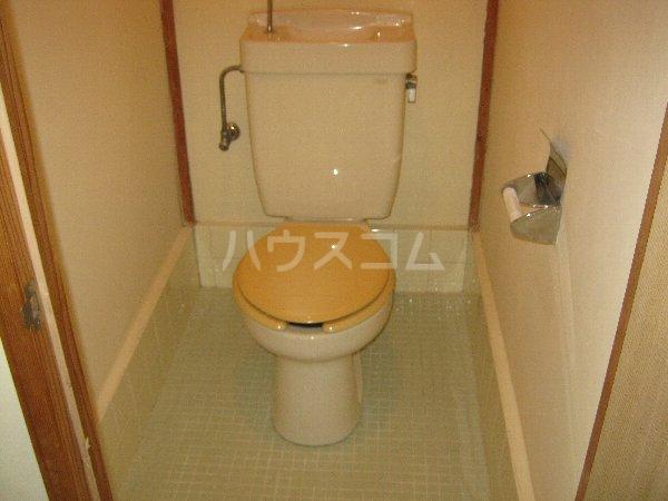 サニーハイツ青山 105号室のトイレ