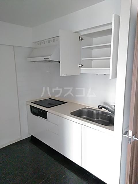 プライムアーバン武蔵小杉comodo 406号室のキッチン