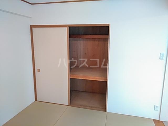 プライムアーバン武蔵小杉comodo 406号室の収納