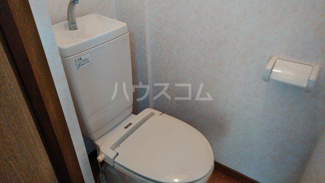 オークガーデン 101号室のトイレ