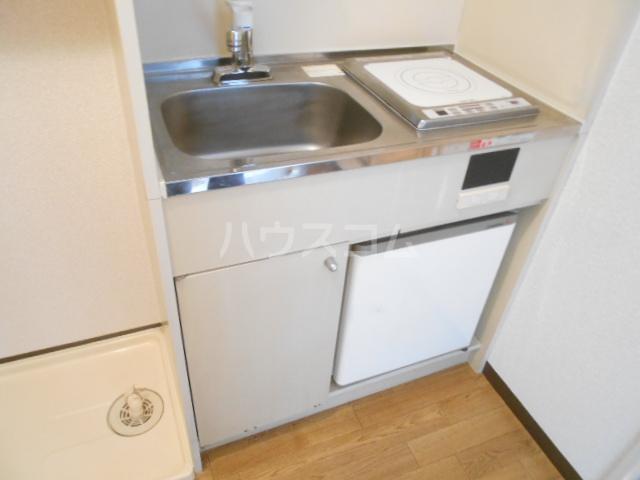 スカイコート武蔵小杉第5 208号室のキッチン