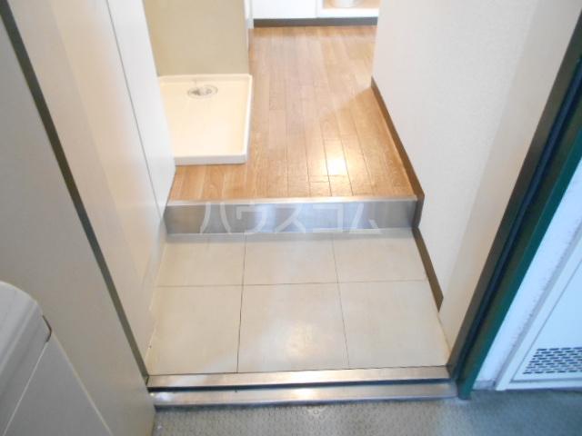 スカイコート武蔵小杉第5 208号室の玄関