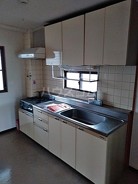 浅野コーポ 306号室のキッチン