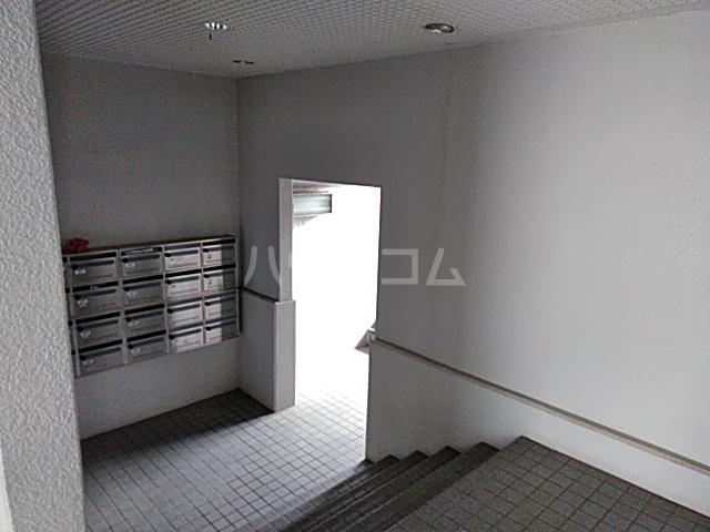 ソルジュ武蔵野A 305号室のロビー