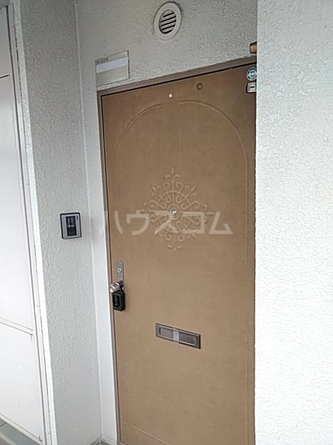 ソルジュ武蔵野A 305号室の玄関