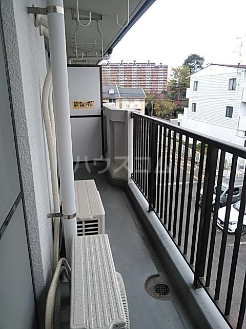 ソルジュ武蔵野A 305号室のバルコニー