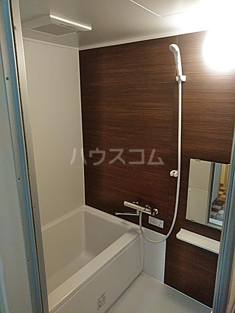 ソルジュ武蔵野A 305号室の風呂