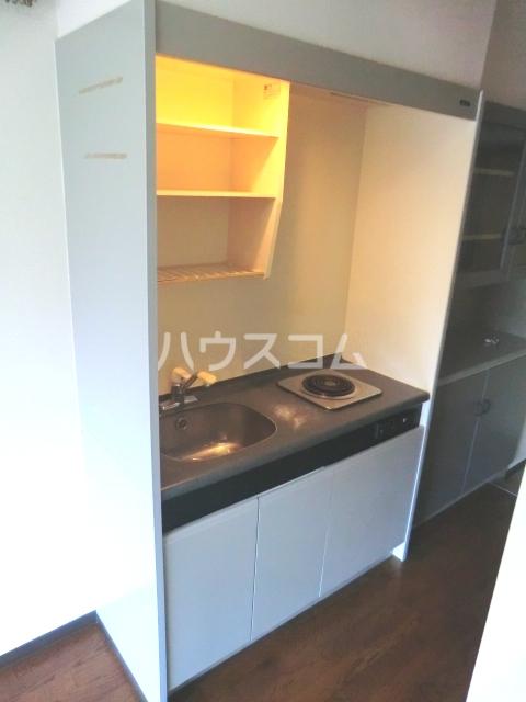 メゾン・ド・コンフォール 212号室のキッチン