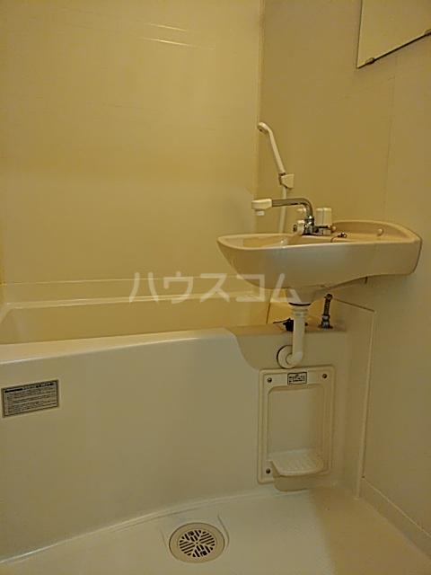 昭和ビル 205号室の風呂